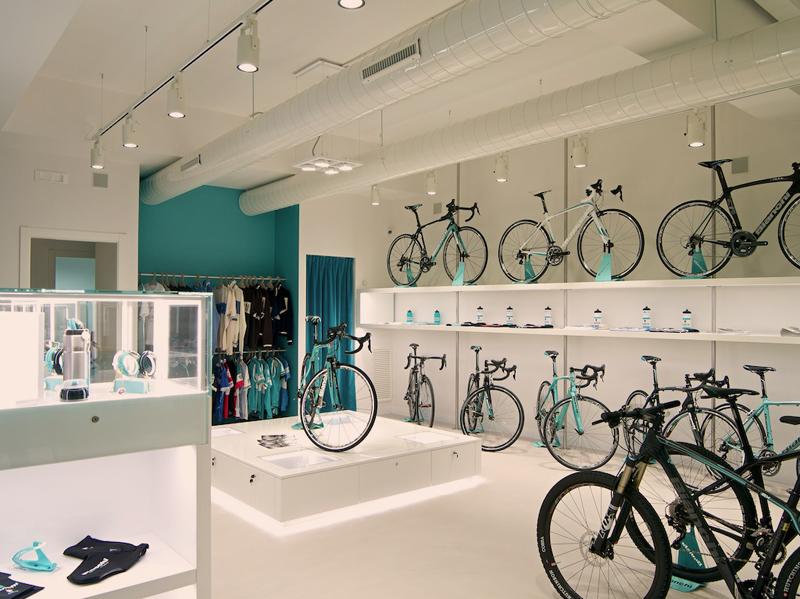 Bianchi Cafè & Cycles store